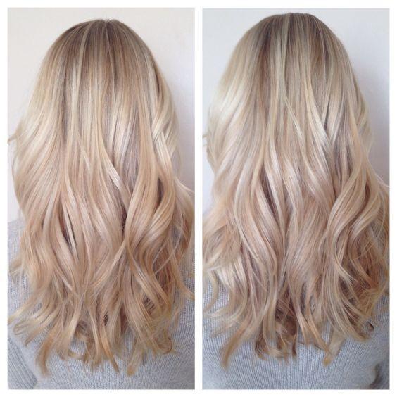 Blonde romantic medium layered hairstyle