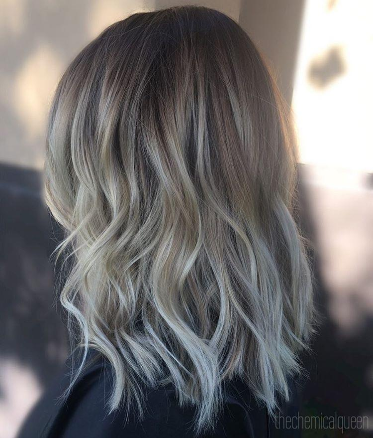 Layered bob for medium hair - waves hairstyle