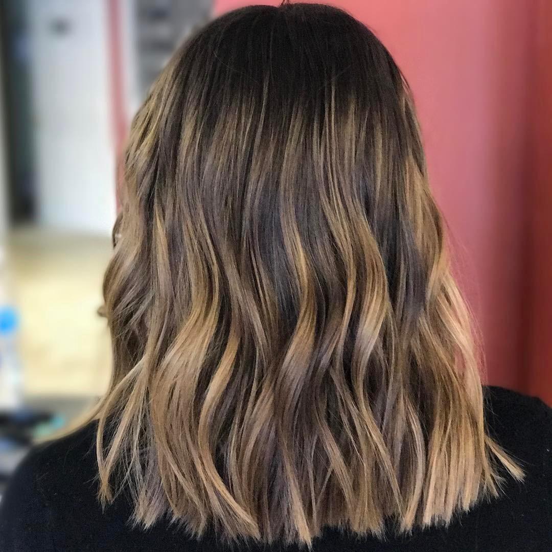 Loose waves bob for medium hair